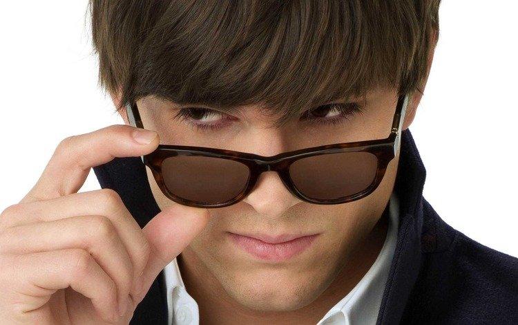 взгляд, парень, очки, лицо, красавчик, эштон катчер, look, guy, glasses, face, handsome, ashton kutcher
