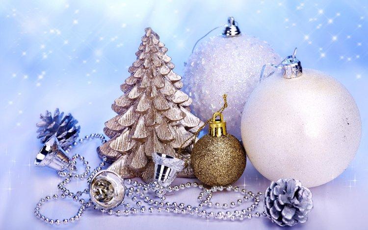 новый год, елка, зима, колокольчик, белые шарики, new year, tree, winter, bell, white balls