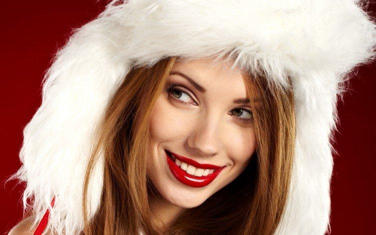 девушка, шатенка, улыбка, взгляд, модель, губы, шапка, макияж, праздник, girl, brown hair, smile, look, model, lips, hat, makeup, holiday