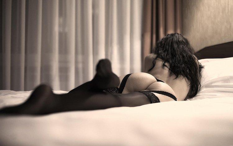 девушка, девушка на кровати, девушка в чулках, girl, the girl on the bed, girl in stockings
