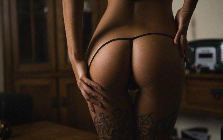 девушка, красивая, фото, тема, тату, ножки, секси, позирует, стринги, попка, girl, beautiful, photo, the theme, tattoo, legs, sexy, posing, thong, ass