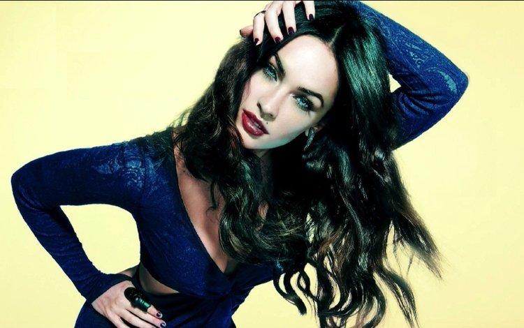 девушка, макияж, поза, длинные волосы, брюнетка, взгляд, модель, меган фокс, лицо, актриса, girl, makeup, pose, long hair, brunette, look, model, megan fox, face, actress