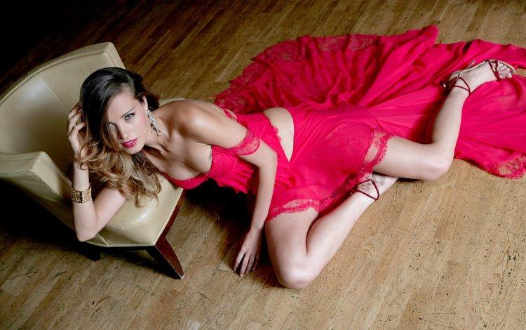 девушка, красное, платье, петра немкова, взгляд, лежит, стул, пол, ножки, туфли, girl, red, dress, petra nemcova, look, lies, chair, floor, legs, shoes