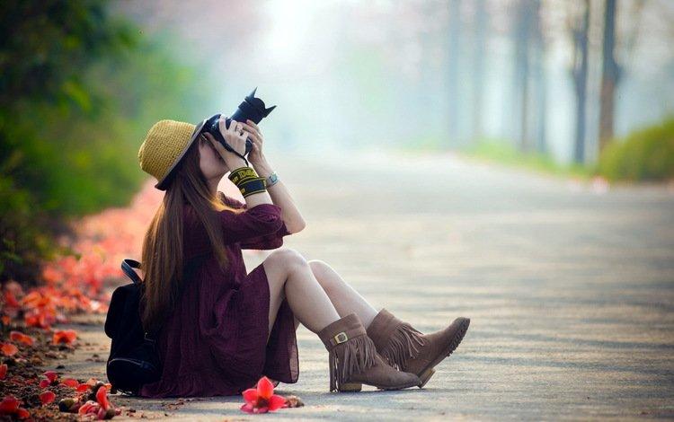 дорога, девушка, улица, камера, шляпа, road, girl, street, camera, hat