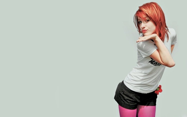 рыжая, певица, шорты, хейли уильямс, red, singer, shorts, hayley williams