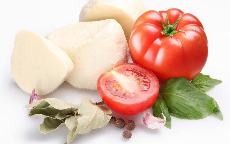 сыр, белый фон, помидоры, томаты, чеснок, специи, моцарелла, cheese, white background, tomatoes, garlic, spices, mozzarella