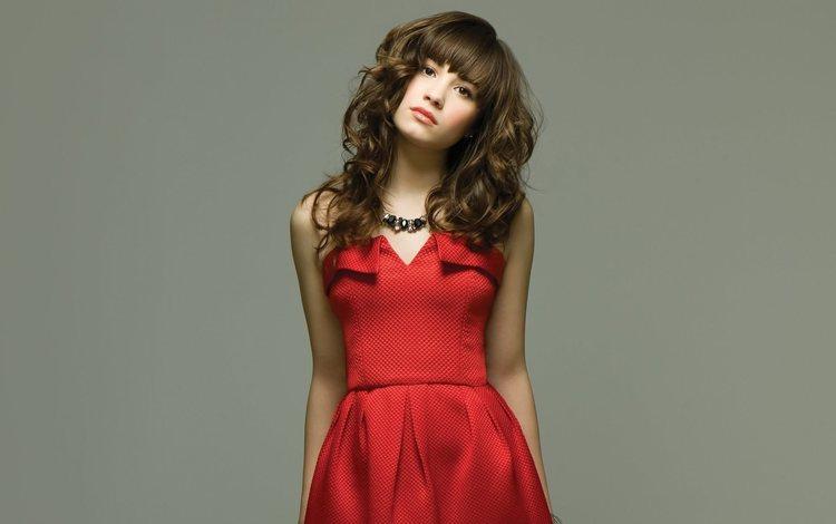 девушка, взгляд, лицо, актриса, певица, красное платье, длинные волосы, деми ловато, girl, look, face, actress, singer, red dress, long hair, demi lovato