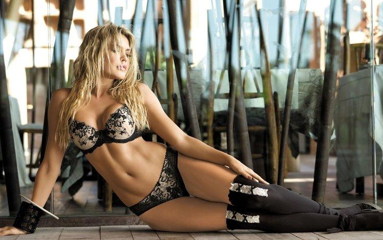 поза, блондинка, ноги, блонд, горячая, boobs, без задних ног, сексапильная, pose, blonde, feet, hot, legs, sexy