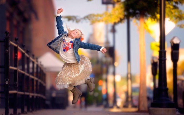 город, прыжок, девочка, danielle waage, the city, jump, girl