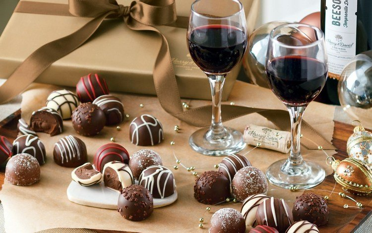 новый год, конфеты, вино, бокалы, праздник, шоколад, коробка, new year, candy, wine, glasses, holiday, chocolate, box