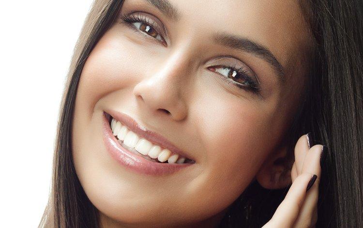 девушка, крупным планом, улыбка, взгляд, модель, волосы, лицо, ресницы, карие глаза, girl, closeup, smile, look, model, hair, face, eyelashes, brown eyes