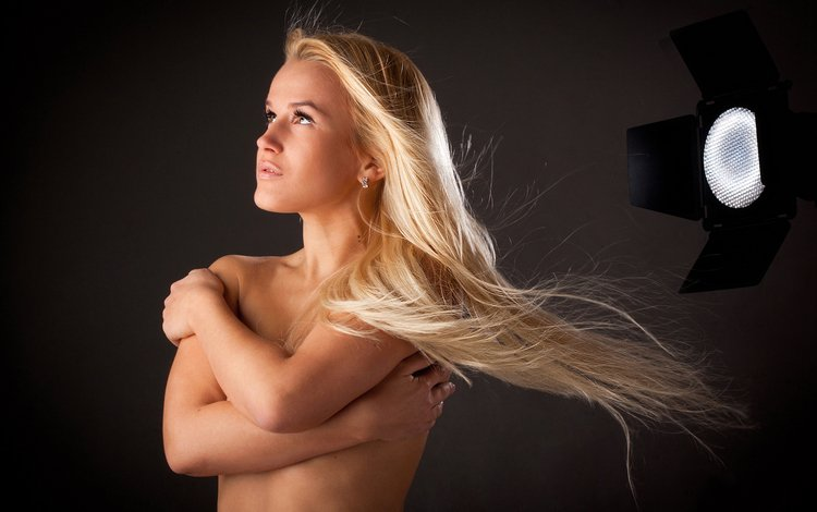 девушка, блондинка, модель, волосы, тело, прожектор, girl, blonde, model, hair, body, spotlight