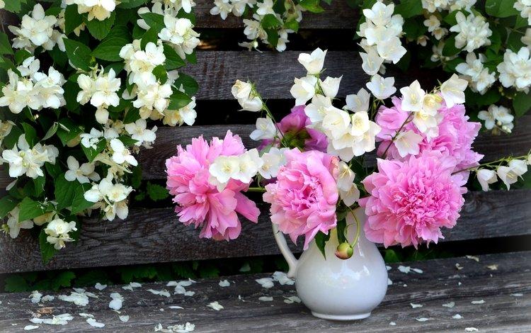 букет, куст, колокольчики, пионы, жасмин, bouquet, bush, bells, peonies, jasmine