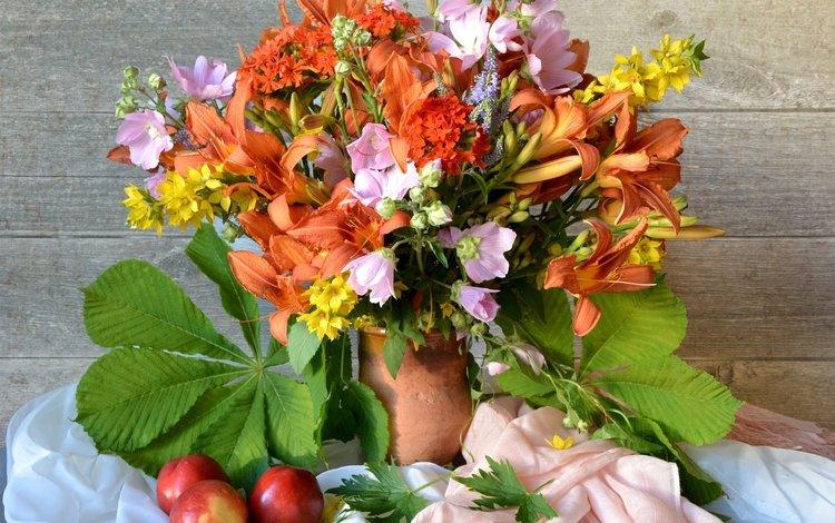 лилия, букет, натюрморт, нектарин, мальва, каштан, вербейник, lily, bouquet, still life, nectarine, mallow, chestnut, loosestrife