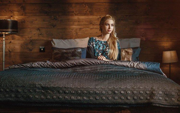 девушка, блондинка, модель, кровать, ожидание, girl, blonde, model, bed, waiting
