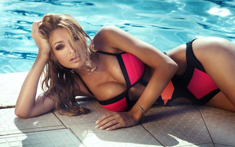 поза, купальник, горячая, boobs, сексапильная, грудастая, модел, pose, swimsuit, hot, sexy, busty, model