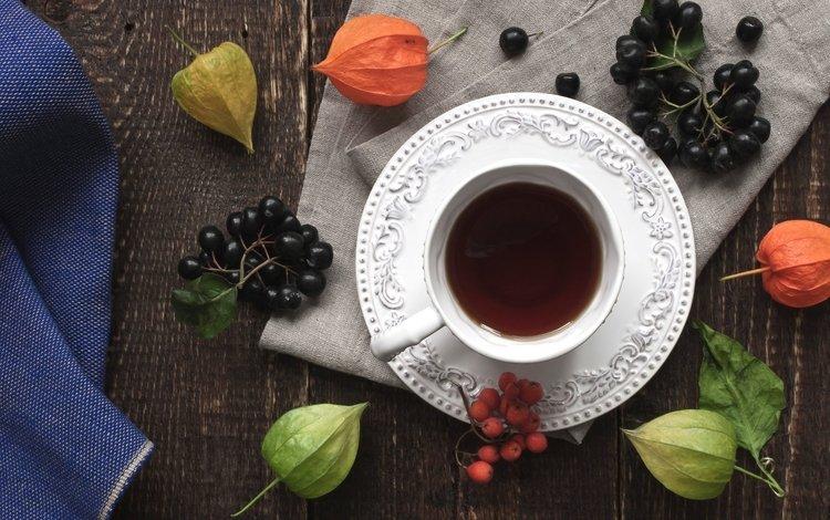 напиток, ягоды, чашка, чай, физалис, рябина, арония, drink, berries, cup, tea, physalis, rowan, aronia