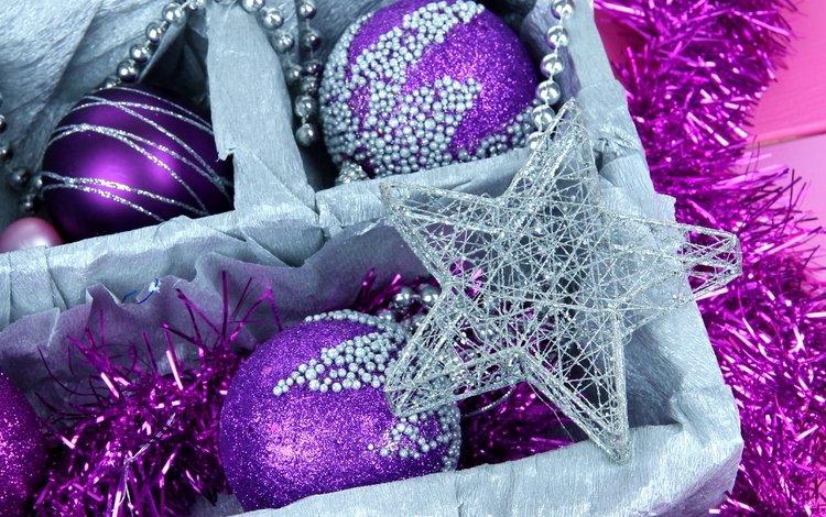новый год, фиолетовые, шары, елочные, зима, декорации, звезда, дождик, шарики, мишура, игрушки, сиреневые, праздники, звездочка, рождество, встреча нового года, коробка, елочная, box, new year, purple, balls, winter, the scenery, star, the rain, tinsel, toys, lilac, holidays, asterisk, christmas
