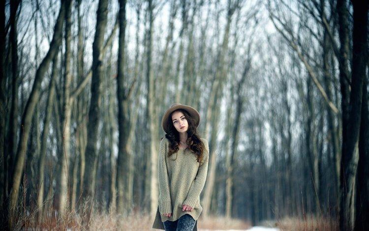 лес, девушка, взгляд, волосы, лицо, шляпа, свитер, forest, girl, look, hair, face, hat, sweater