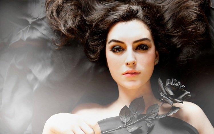 девушка, локоны, цветок, брюнетка, роза, взгляд, плечи, волосы, лицо, girl, curls, flower, brunette, rose, look, shoulders, hair, face