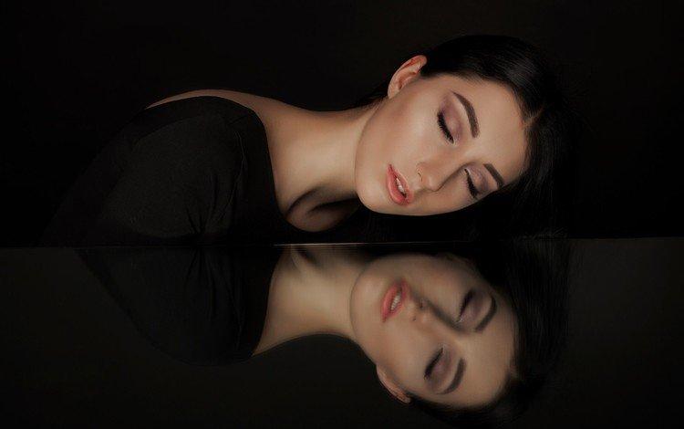 девушка, закрытые глаза, отражение, фон, модель, волосы, черный фон, губы, лицо, girl, closed eyes, reflection, background, model, hair, black background, lips, face