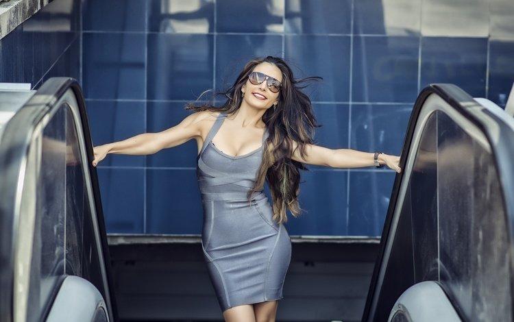 девушка, платье, взгляд, очки, модель, волосы, maria rivero, girl, dress, look, glasses, model, hair