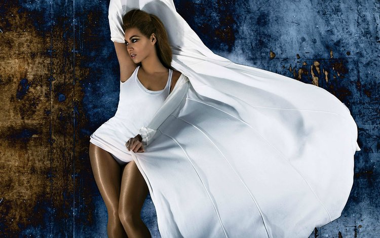 девушка, поза, взгляд, волосы, певица, фигура, в белом, бейонсе, girl, pose, look, hair, singer, figure, in white, beyonce