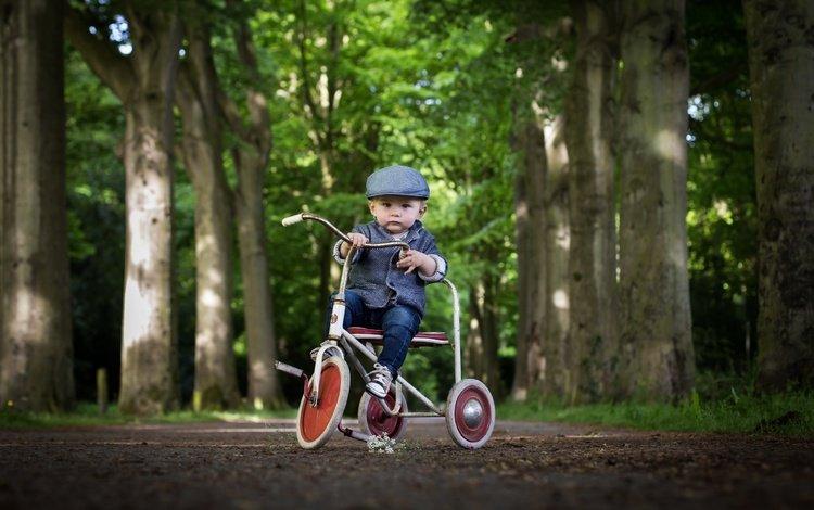 взгляд, ребенок, мальчик, велосипед, кепка, look, child, boy, bike, cap