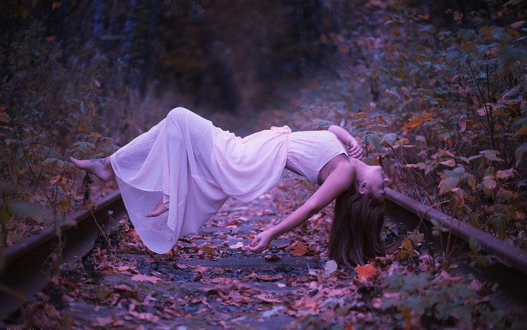 girl, creative, weightlessness, levitation, alexander dolgoy