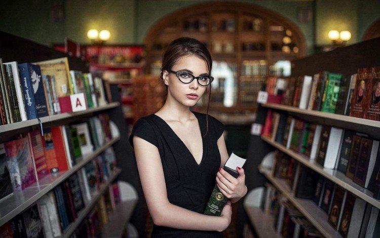 глаза, максим гусельников, девушка, платье, очки, книги, губы, библиотека, октябрина максимова, eyes, maxim guselnikov, girl, dress, glasses, books, lips, library, karina maksimova