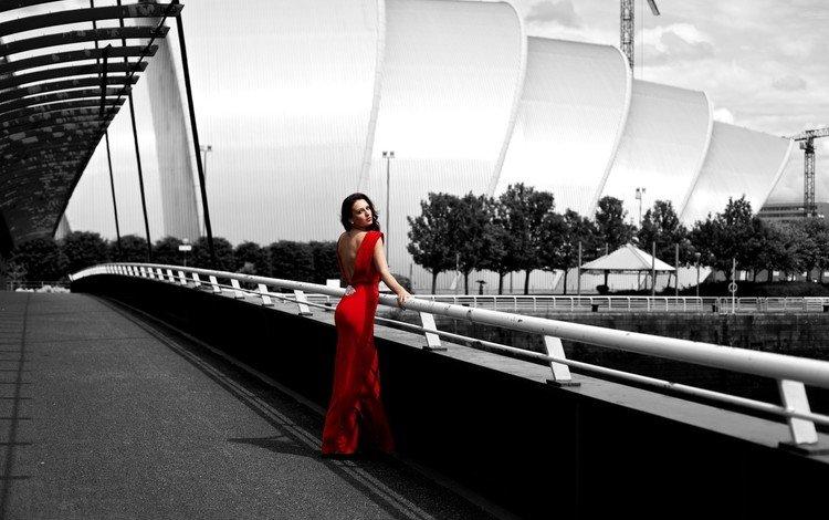 девушка, мост, город, фигура, красное платье, стоит, girl, bridge, the city, figure, red dress, is