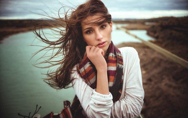 девушка, брюнетка, взгляд, волосы, лицо, ветер, шарф, girl, brunette, look, hair, face, the wind, scarf