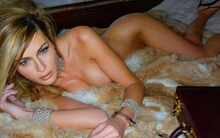 Melanie fore nude