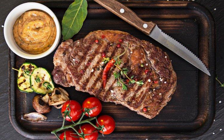 грибы, мясо, нож, помидоры, соус, специи, mushrooms, meat, knife, tomatoes, sauce, spices