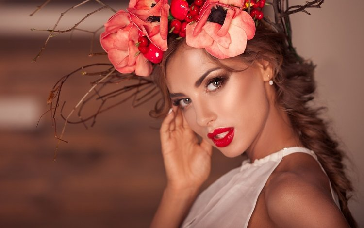 flowers, style, look, face, makeup, wreath, red lipstick, katerina rubinovich
