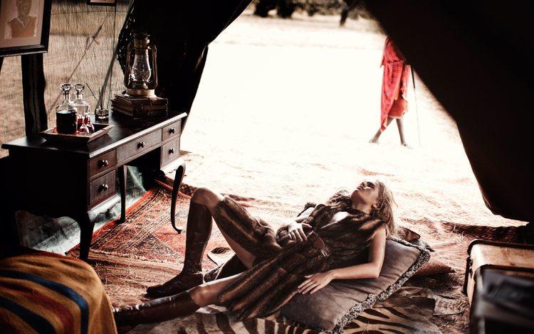 девушка, поза, африка, модель, ножки, фотосессия, anna ewers, анна иверс, girl, pose, africa, model, legs, photoshoot, anna ivers