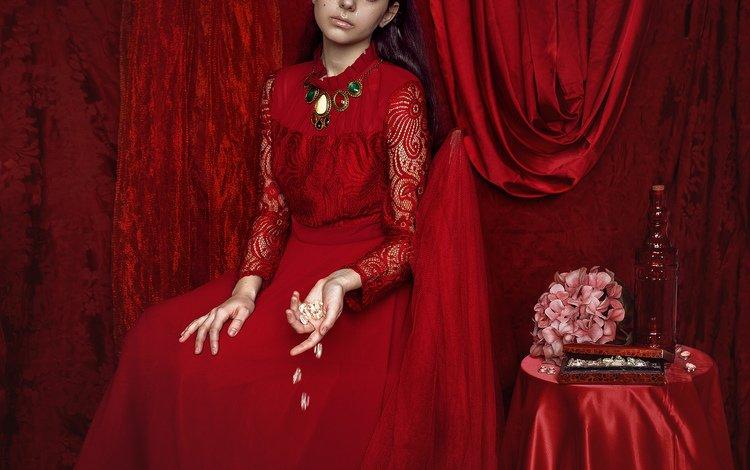 девушка, интерьер, модель, волосы, лицо, красное платье, столик, mara saiz, girl, interior, model, hair, face, red dress, table