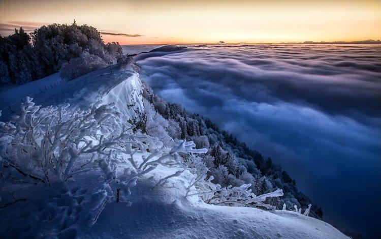 облака, деревья, горы, снег, природа, зима, ветки, кусты, clouds, trees, mountains, snow, nature, winter, branches, the bushes
