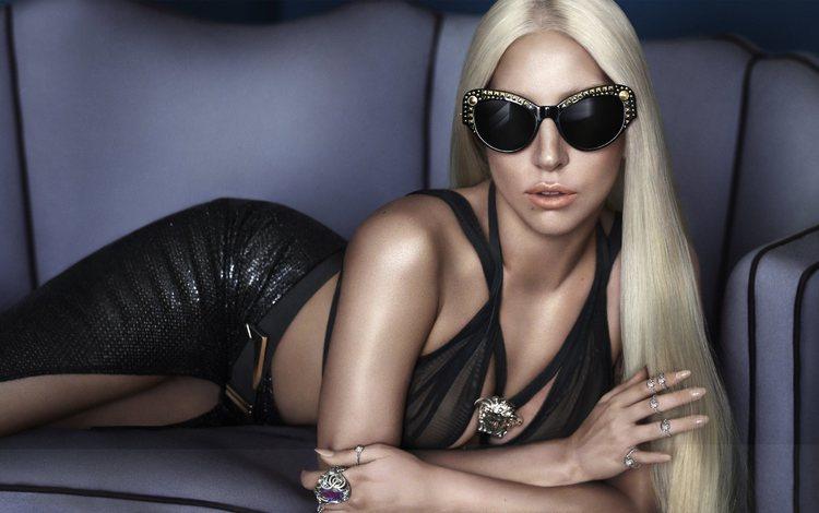 стиль, автор песен, девушка, аксессуары, блондинка, солнцезащитные очки, музыка, versace, актриса, певица, бижутерия, леди гага, style, songwriter, girl, accessories, blonde, sunglasses, music, actress, singer, jewelry, lady gaga