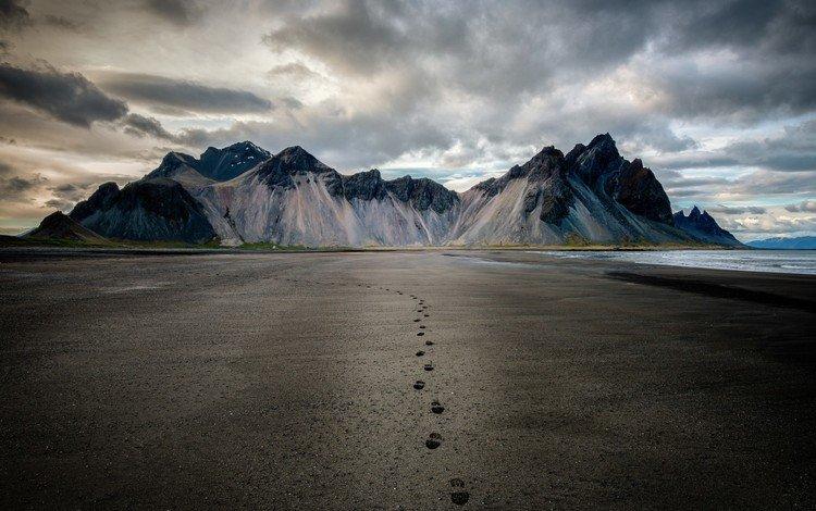 небо, песок, облака, пляж, горы, горизонт, скалы, побережье, природа, следы, закат, исландия, пейзаж, снежная вершина, море, the sky, sand, clouds, beach, mountains, horizon, rocks, coast, nature, traces, sunset, iceland, landscape, snow peak, sea