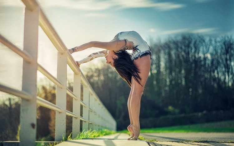 girl, pose, the fence, gymnast, model, dance, legs, sport, bending, closed eyes, gymnastics, ballerina, barefoot