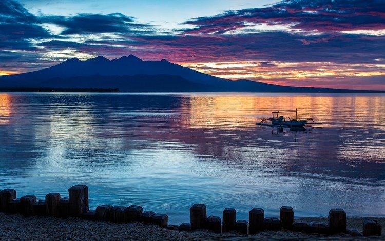 горы, бали, природа, пляж, лодка, океан, остров, вулкан, индонезия, mountains, bali, nature, beach, boat, the ocean, island, the volcano, indonesia