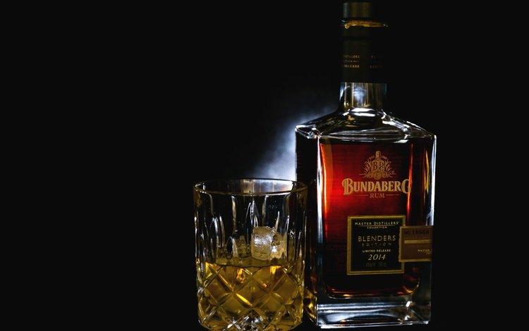 лёд, черный фон, стакан, бутылка, алкоголь, ром, ice, black background, glass, bottle, alcohol, rum
