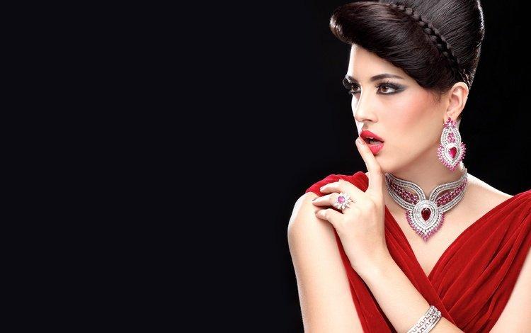 глаза, лицо, украшения, макияж, девушка, красное платье, брюнетка, модель, волосы, черный фон, губы, eyes, face, decoration, makeup, girl, red dress, brunette, model, hair, black background, lips