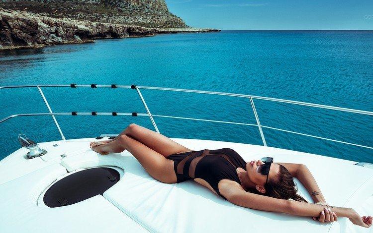 девушка, иван горохов, море, модель, яхта, татуировка, фигура, солнечные очки, кипр, girl, ivan gorokhov, sea, model, yacht, tattoo, figure, sunglasses, cyprus