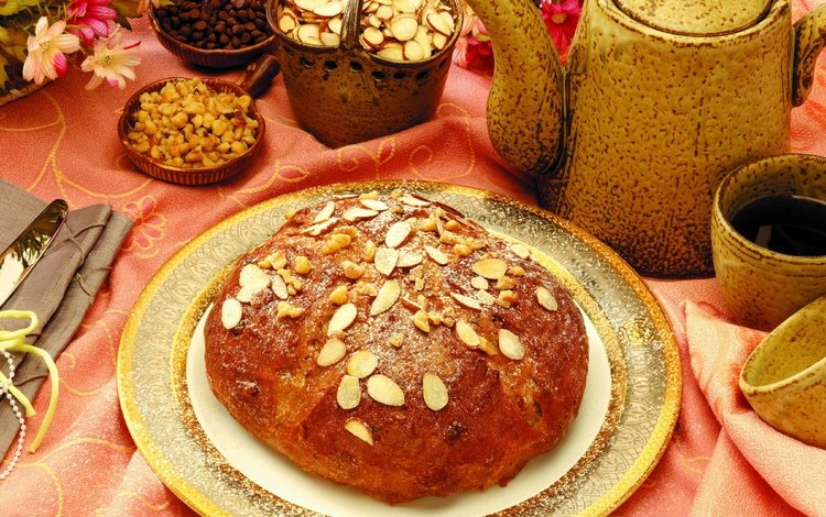 nuts, bread, cakes, almonds