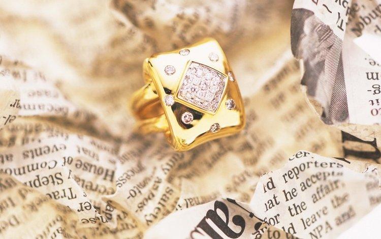 кольцо, газета, золото, ring, newspaper, gold