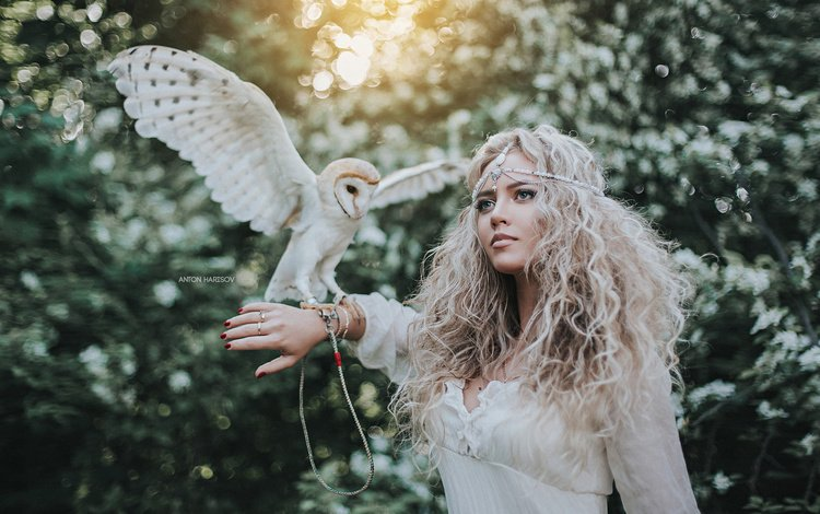 hand, girl, blonde, model, bird, the barn owl, anton kharisov