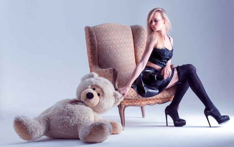 girl, blonde, bear, toy, chair, heels