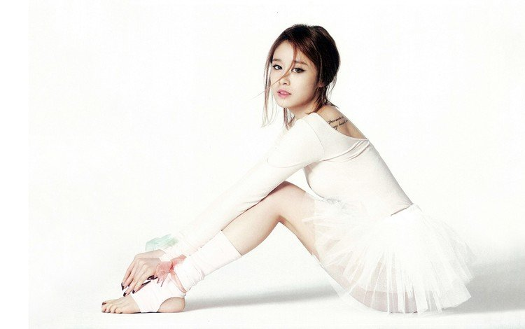 girl, group, music, look, model, hair, face, sitting, ballerina, t-ara, group t-ara
